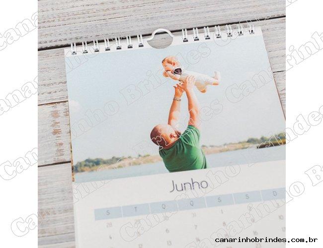 http://www.canarinhobrindes.com.br/content/interfaces/cms/userfiles/produtos/2-calendario-canarinho-brindes-614.jpg