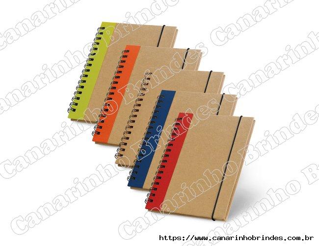 Caderno personalizado capa dura com detalhe colorido
