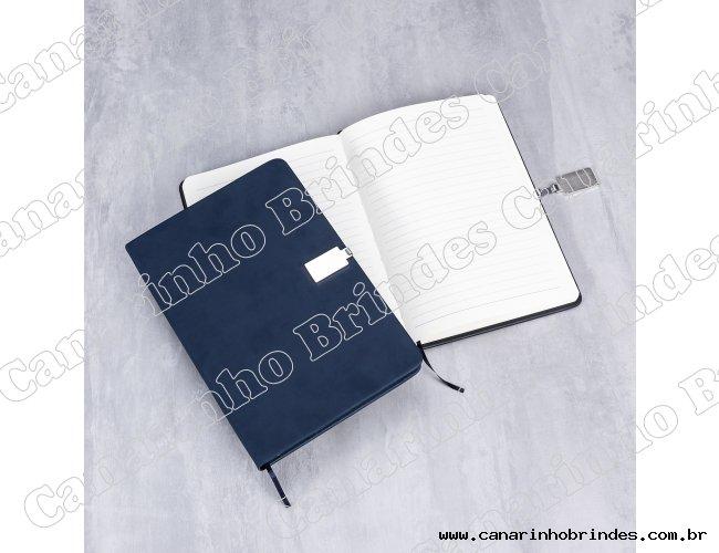 https://www.canarinhobrindes.com.br/content/interfaces/cms/userfiles/produtos/bloco-de-anotacoes-com-fecho-8212d1-1535749170-114.jpg