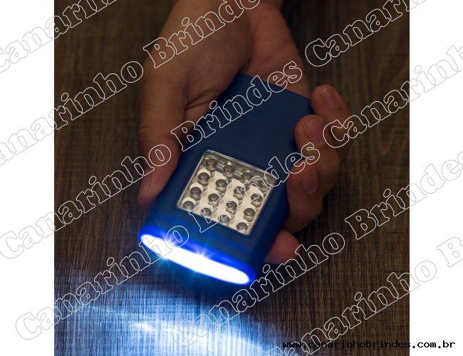 https://www.canarinhobrindes.com.br/content/interfaces/cms/userfiles/produtos/ca4741-lanterna-plastica-com-ima-5119-1488558876-7-adic-204.jpg
