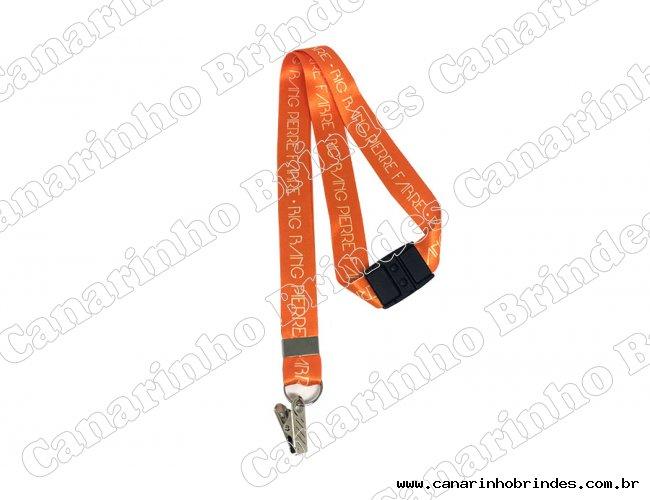 https://www.canarinhobrindes.com.br/content/interfaces/cms/userfiles/produtos/cordao-trava-de-seguranca-foto05-502.jpg