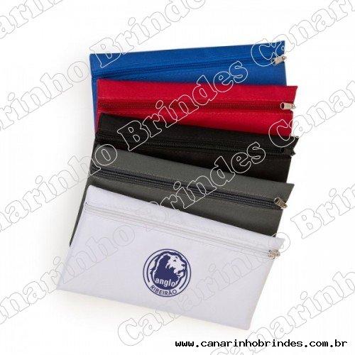 http://www.canarinhobrindes.com.br/content/interfaces/cms/userfiles/produtos/estojo-escolar-em-nylon-com-gravacao-personalizada-500x500-560.jpg