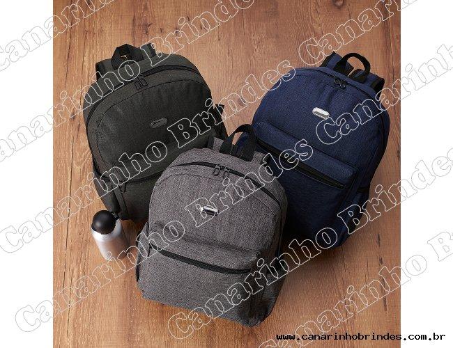 http://www.canarinhobrindes.com.br/content/interfaces/cms/userfiles/produtos/mochila-de-nylon-8296d1-1539095229-524.jpg