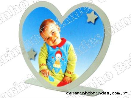 https://www.canarinhobrindes.com.br/content/interfaces/cms/userfiles/produtos/porta-retrato-coracao-personalizado-canarinhobrindes-234.jpg