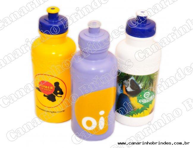 http://www.canarinhobrindes.com.br/content/interfaces/cms/userfiles/produtos/squeeze-plastico-500ml-personalizado-3701-657.jpg